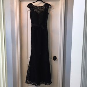 EUC Mori Lee Black Lace Mermaid Style Dress